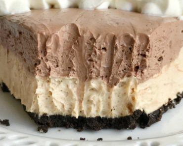 Chocolate Peanut Butter Cheesecake Pie