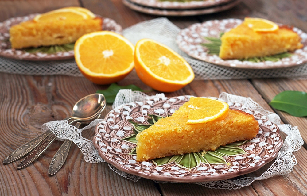 Marmalade Cake (Quick and Cheap to Make!)